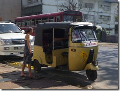 Colombo - Post Indian Visa tuk tuk