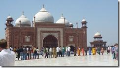 Taj Mahal Tour Line across Mosque