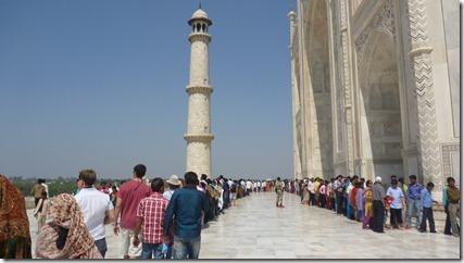 Taj Mahal Tour The line to enter