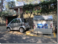 Florence - Recycling bins as large as ... Smart Cars!